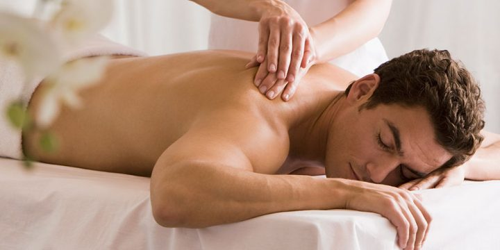 Massages: Should You Get One Before, During or After a Trip?